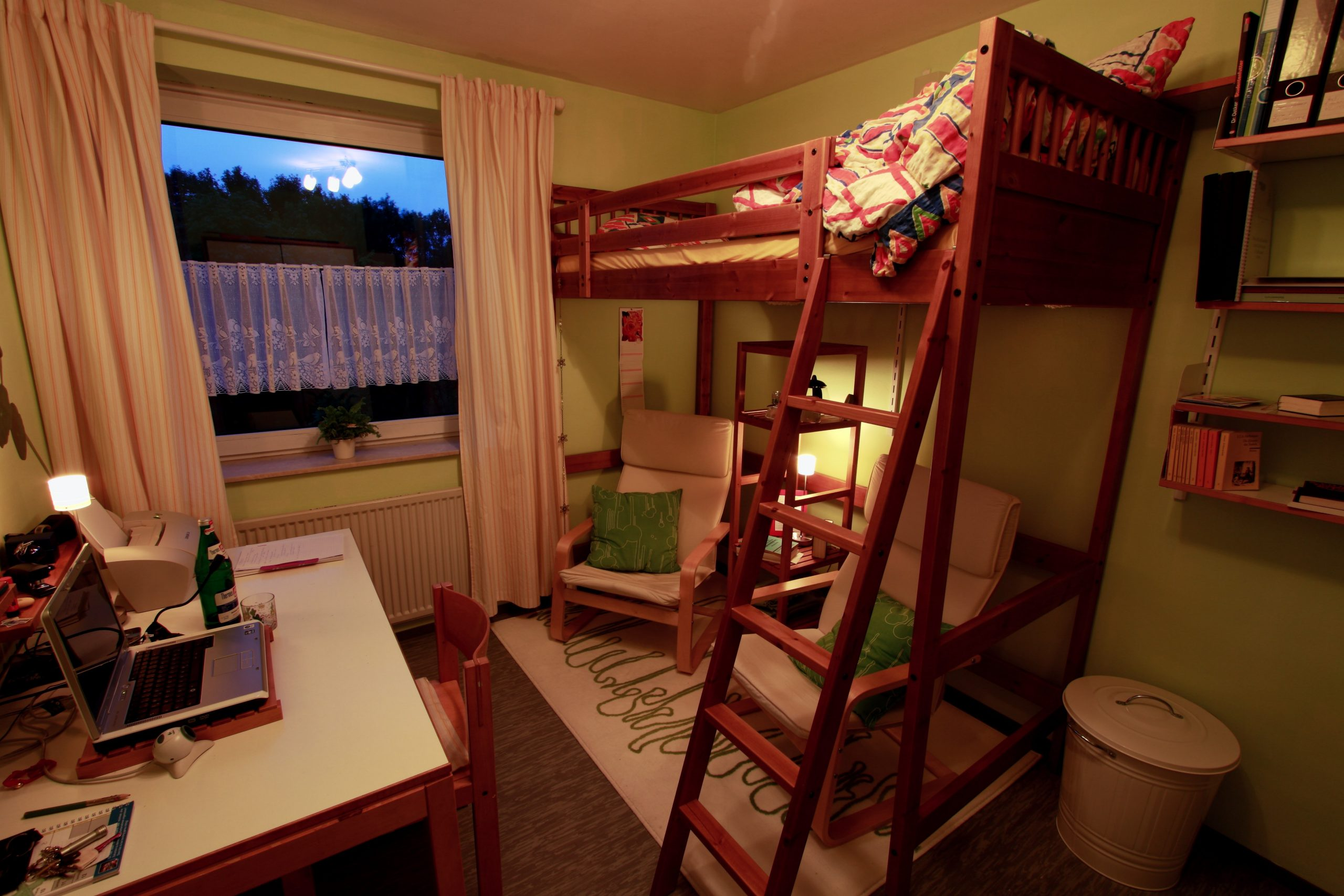 Zimmer mit Stockbett